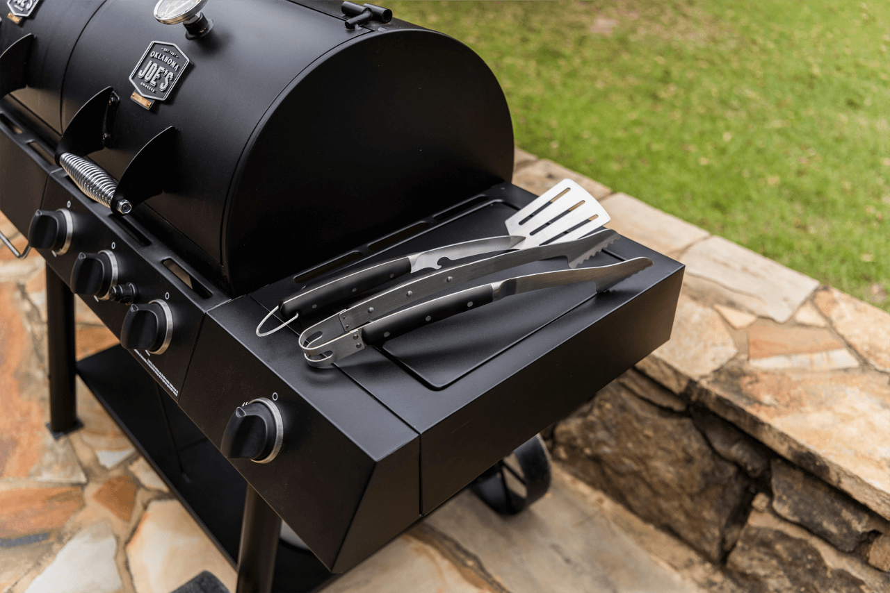 Best Smoker Accessories for 2021: Our Top Picks & Buying Guide
